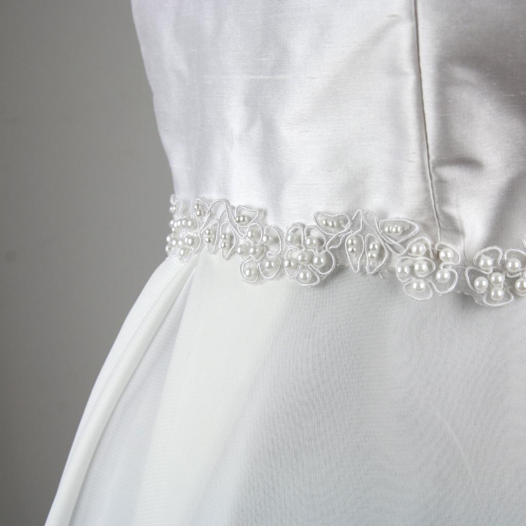 Perleborte für das Hochzeitskleid