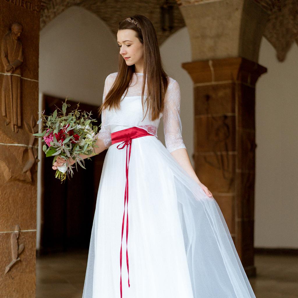 Brauttüllrock und und Brautoberteil aus französischer Spitze