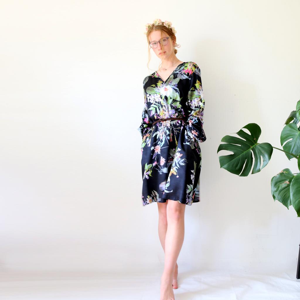 Urlaubsfeeling mit Sommerblusenkleid Modelabel ma-eins mit persönlicher Anfertigung