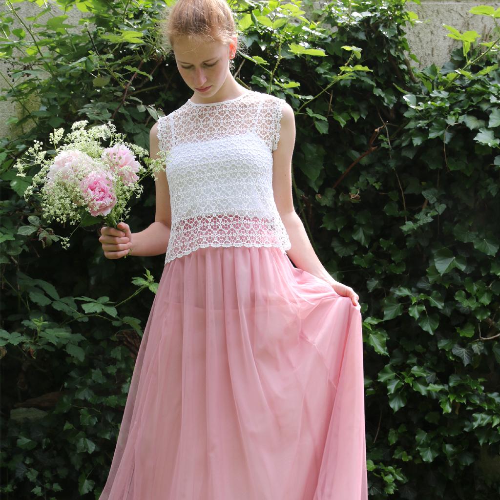 blushfarbener Tüllrock und ein Spitzenoberteil in ivory, eine tolle Kombination, auch für einen Hochzeitsgast. Fashionlabel aus München ma-eins