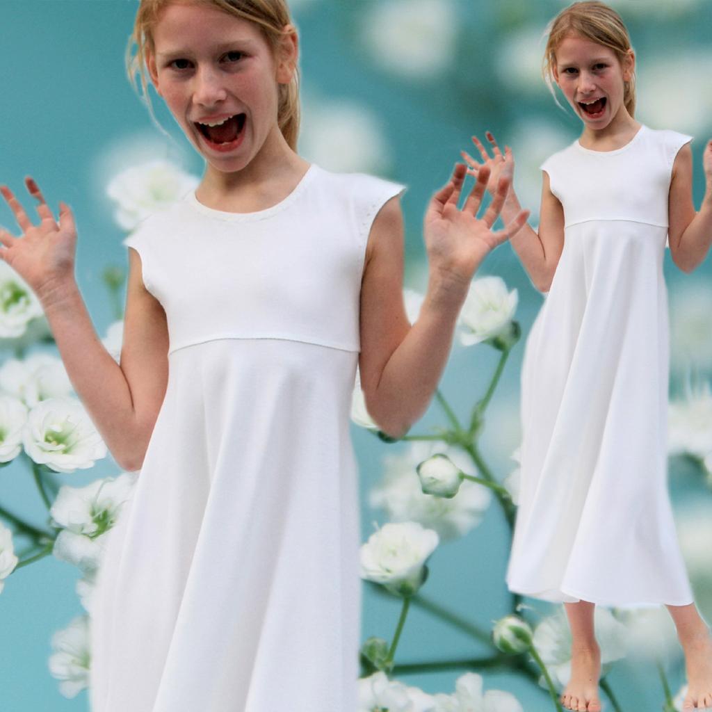 ein weißes Wohlfühlkleid für die Kommunion2020. Localbrand in München ma-eins fertigt schlichte schöne Erstkommunionkleider an.