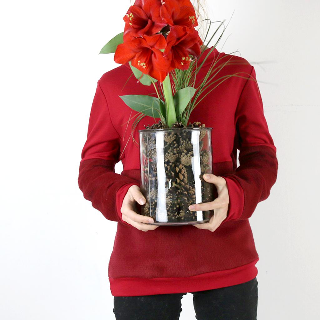 Colour blocking beim Pulli, in Rottönen. Winter-farben die Gute Laune machen. Fashion Label ma-eins in München