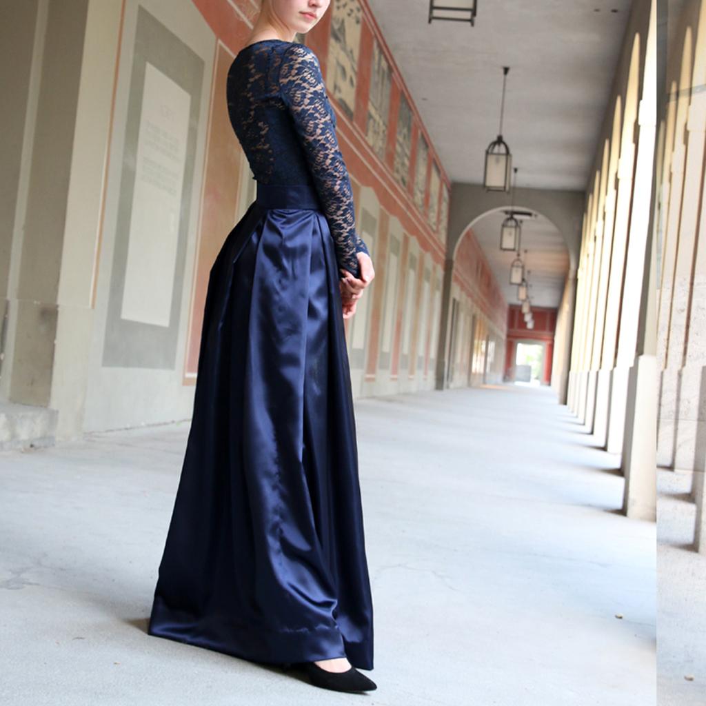 Abschlusskleider, Abendkleider, Abiballkleider , klassische Farben und dezent stilvoll werden die Kleider mit hochwertiger Verabeitung in München angefertigt.