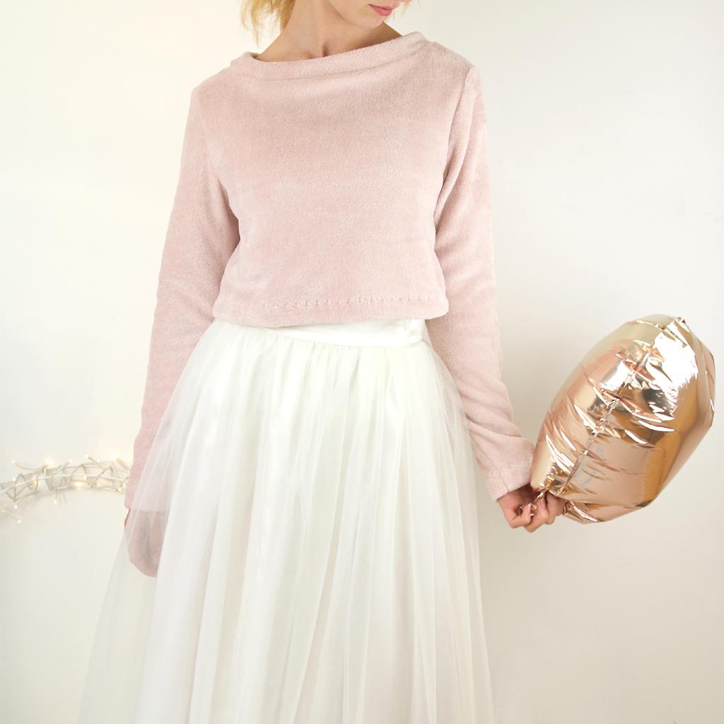 Brautkleider die auch nach der Hochzeit weiter getragen werden können. schlichte moderne Brautzweiteiler aus München