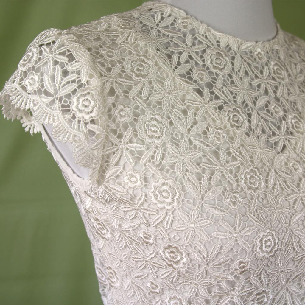 Rückenfreies Brautoberteil zum Hochzeitskleid. Brautmode für dich angefertigt in München.