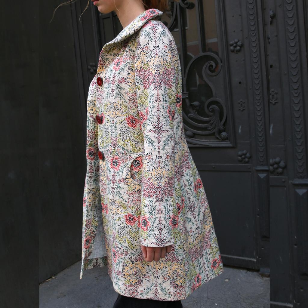 bunter Baumwollmantel für den Sommer. Atelier ma-eins fertig schöne Unikate für Frauen  an. Slowfashion