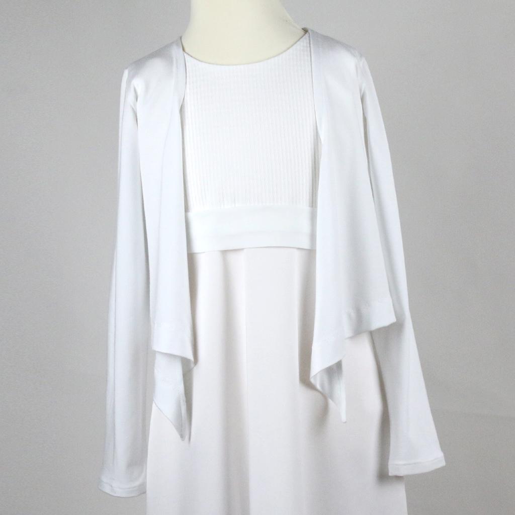 leichtes Kommunionsjäckchen, das später auch als weiße Sommerjacke getragen werden kann