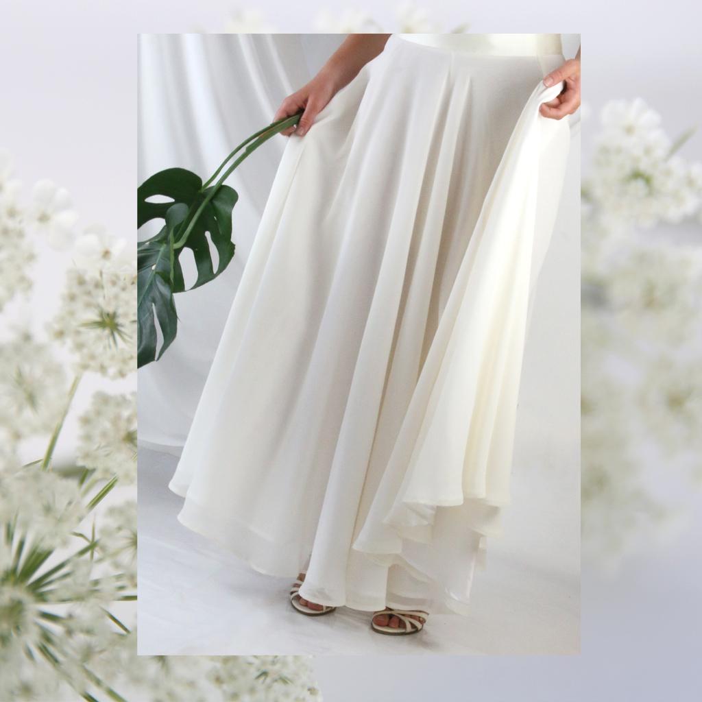 zweiteilige Brautkleider und Hochzeitskleider liegen im Trend und bieten dir viele Kombinationsmöglichkeiten.