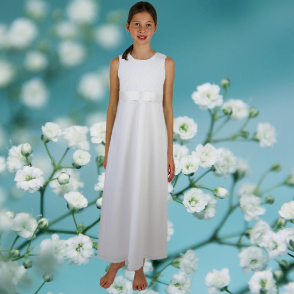 Ein schlichtes und natürliches Kommunionskleid aus München zum bestellen und kaufen.