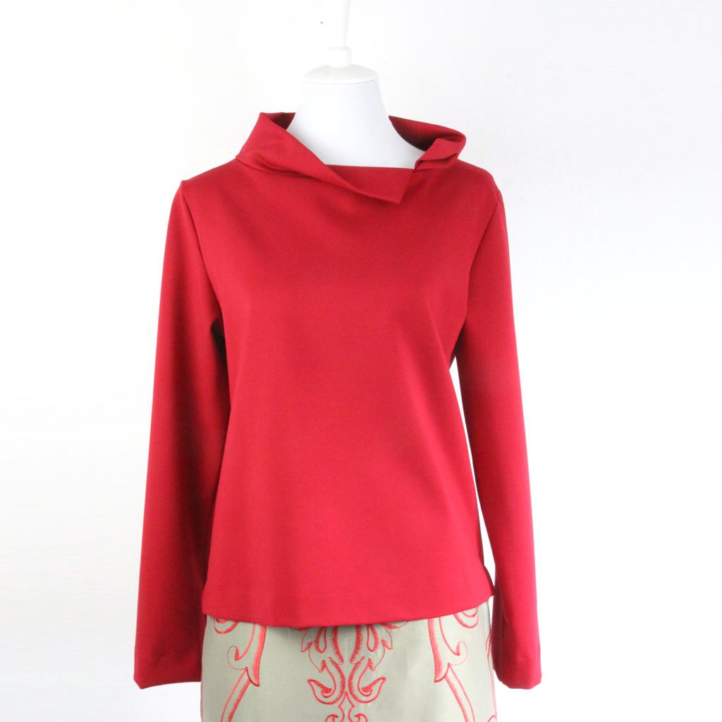 eleganter roter Pullover aus München, fair hergestellt aus einem tollen Jerseymaterial.