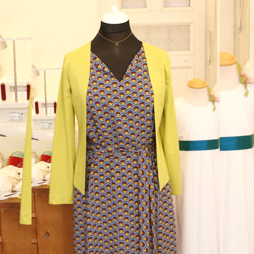 schönes Blusenkleid für jede Jahreszeit. In München fair hergestellt.