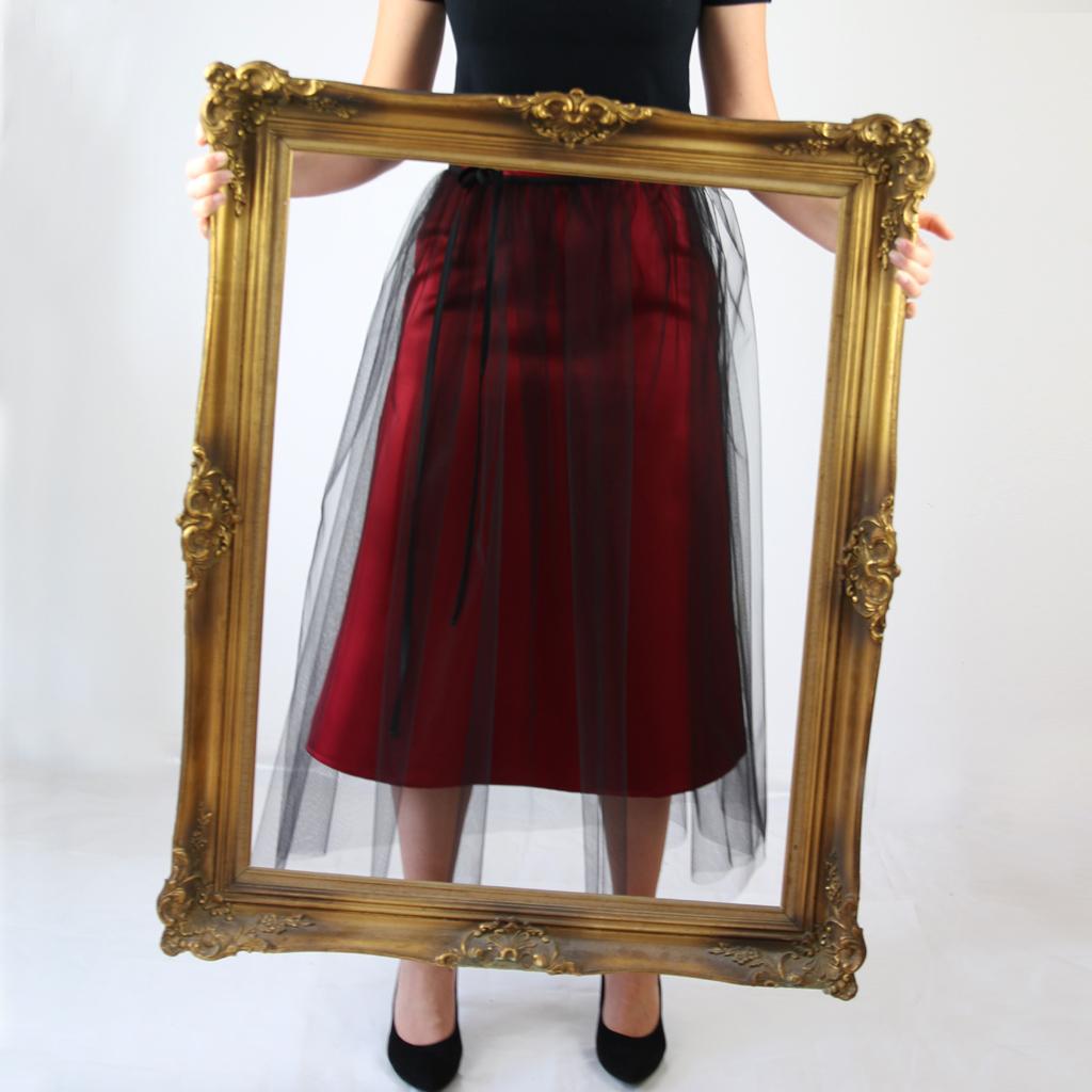 zweiteilge Abendkleider, die sich individuell nach Anlass stylen lassen. Im Atelier ma-eins werden Tüllröcke nach Wunsch angefertigt,