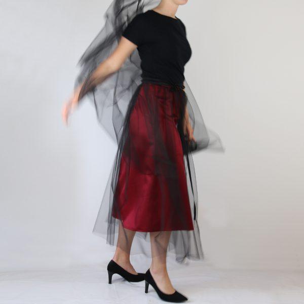 zweiteilige Abendkleider mit verschiedenen Kombinationsmöglichkeiten für alle Anlässe auch für die Tagesmode.