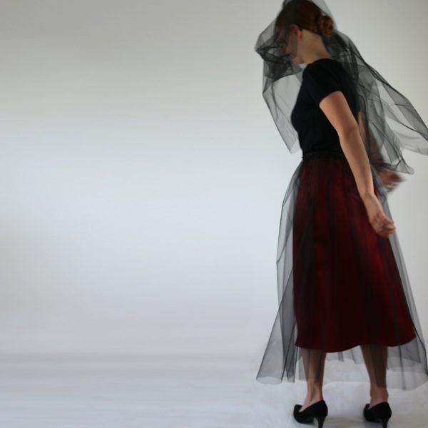 individuelle Unterröcke machen aus dem Abendkleid ein reduziertes fast schlichtes Outfit. Je nach Geschmack.