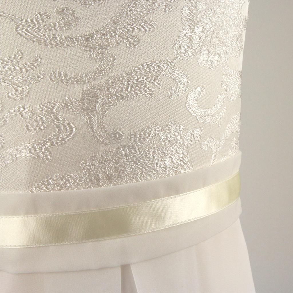 schlichte elegante Kommunionskleider einfaches bestellen.