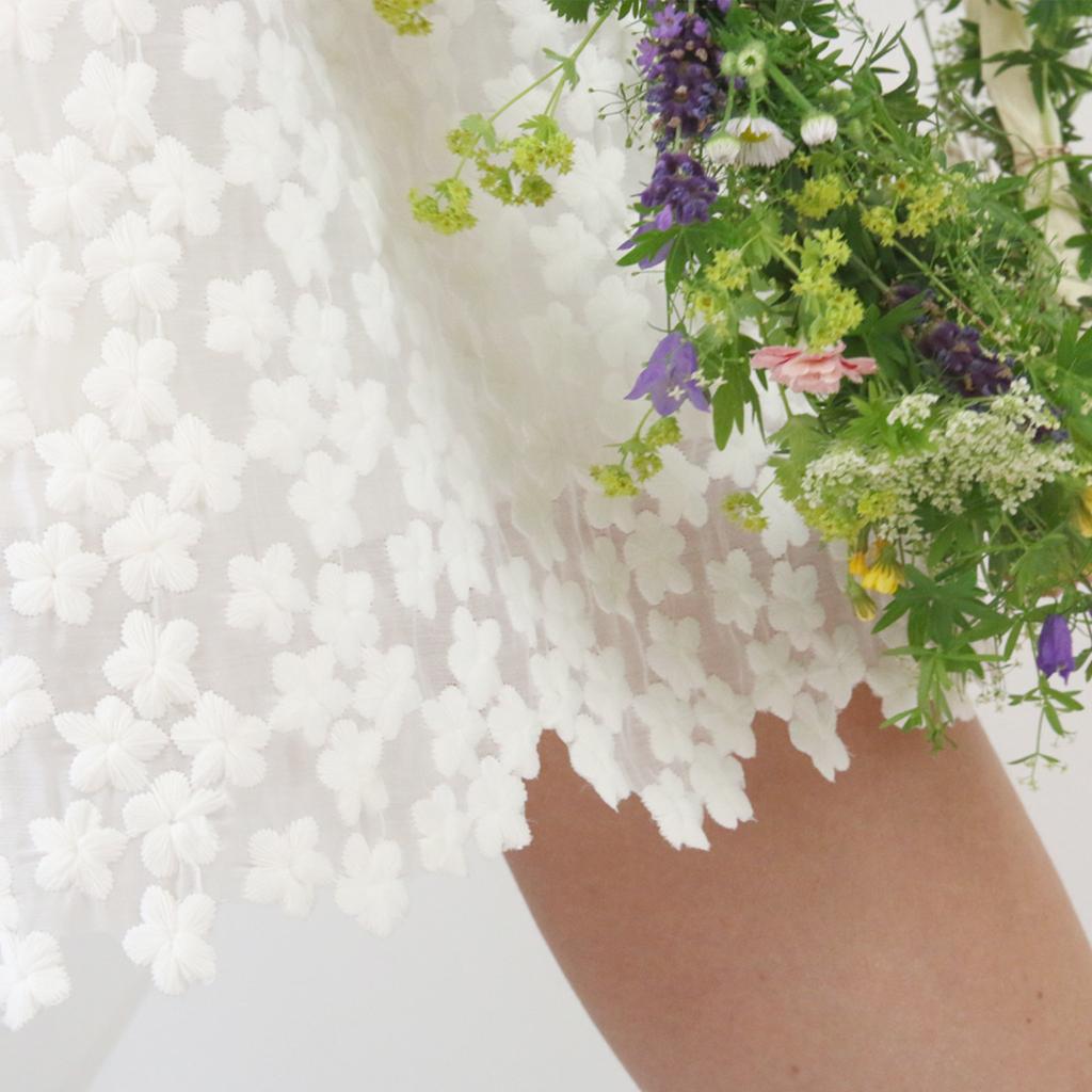 besonderer individuell angefertigter Brautrock für die Standesamtliche Hochzeit.
