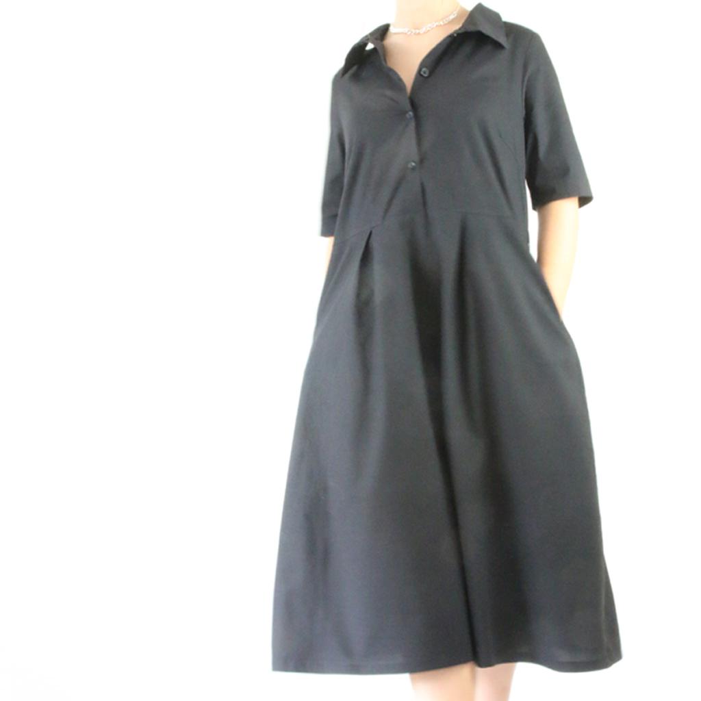weit geschnittenes Kleid aus Baumwolle. Anfertigung im münchener Atelier ma-eins